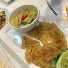 Roti with Chicken Curry