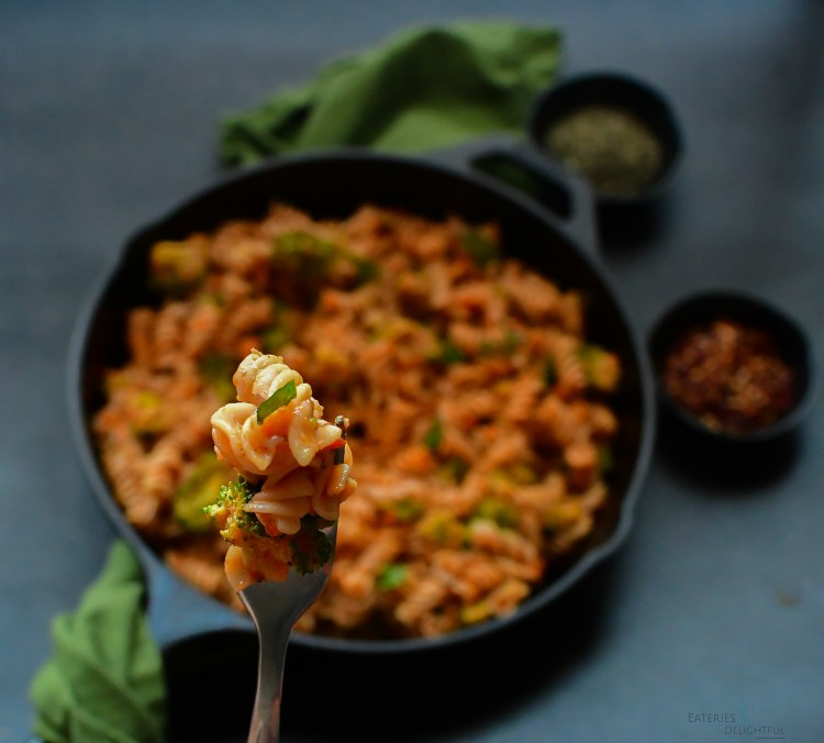 Pan Roasted Red Pepper Pasta 7