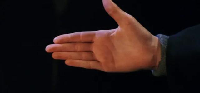 Draco Malfoy tende la mano a Harry