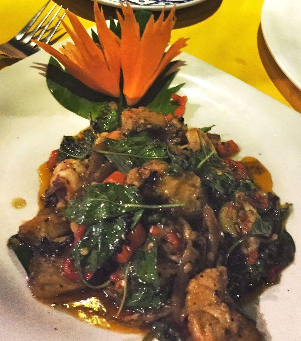 Chaweng Beach: chillchicken