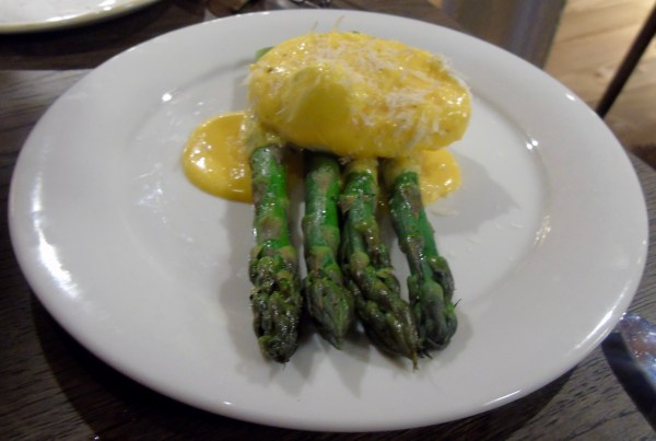 The Bothy: Asparagus and poached egg