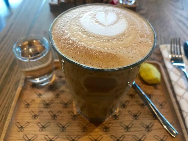Coco Safar: latte