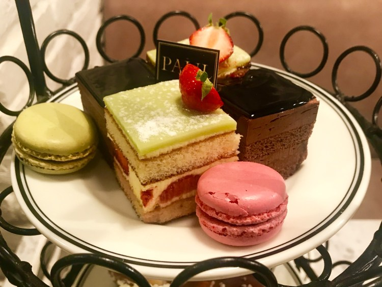 PAUL: cakes