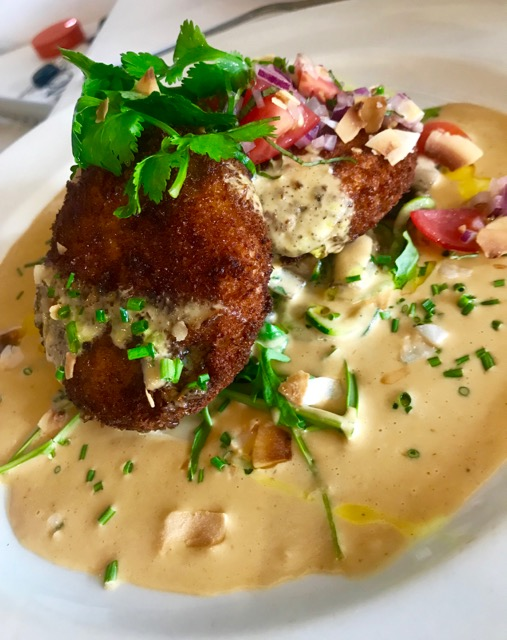 Bistro Sixteen82: fritters