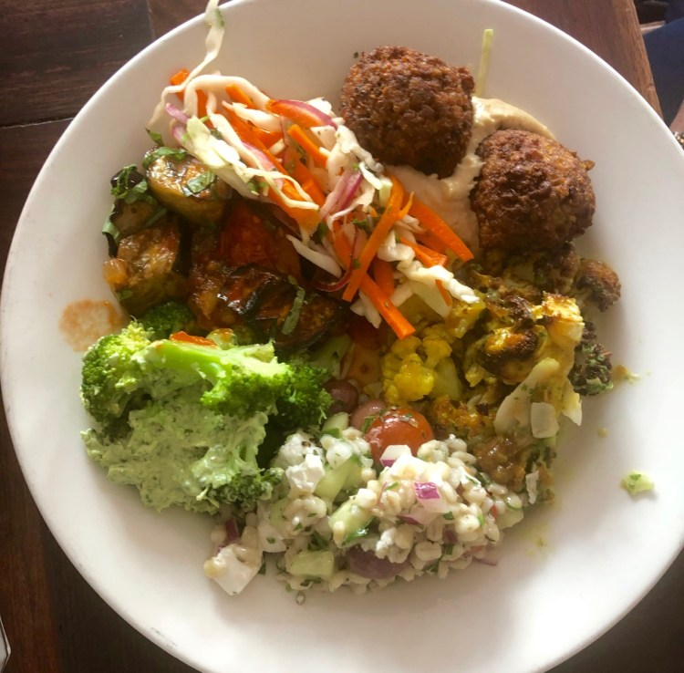 The Kitchen: Five-salad plate
