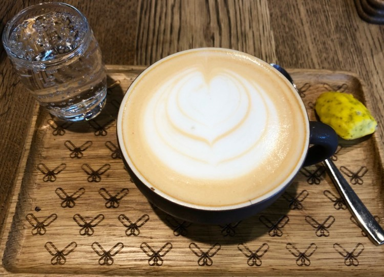 Coco Safar: cafe latte