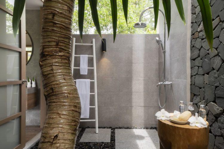 The Sarojin: outdoor shower