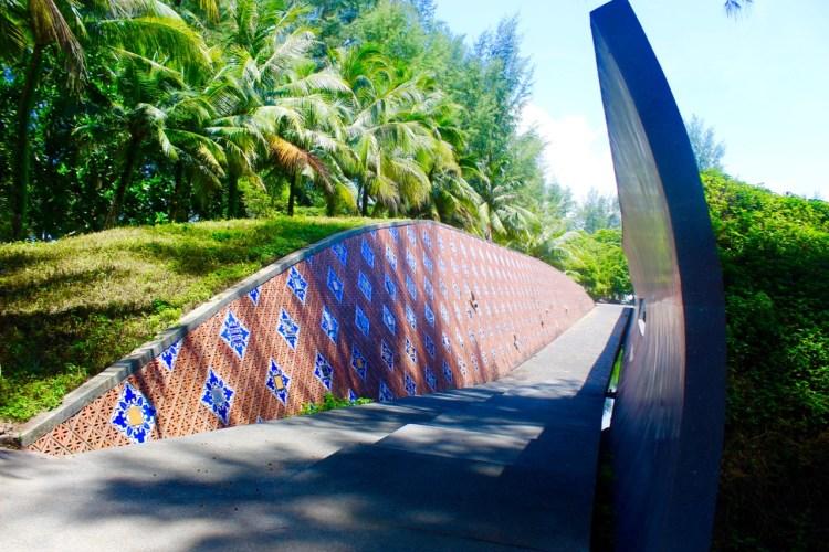 The Sarojin: tsunami monument