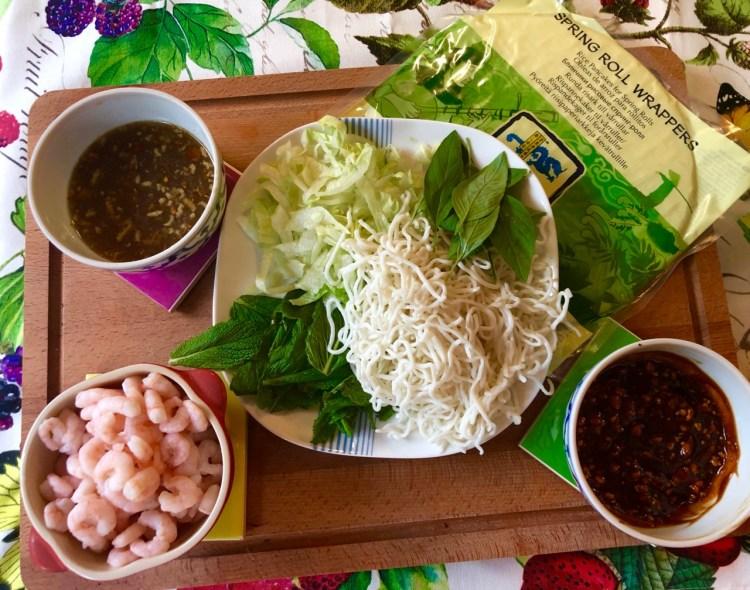 Vietnamese spring rolls: ingredients