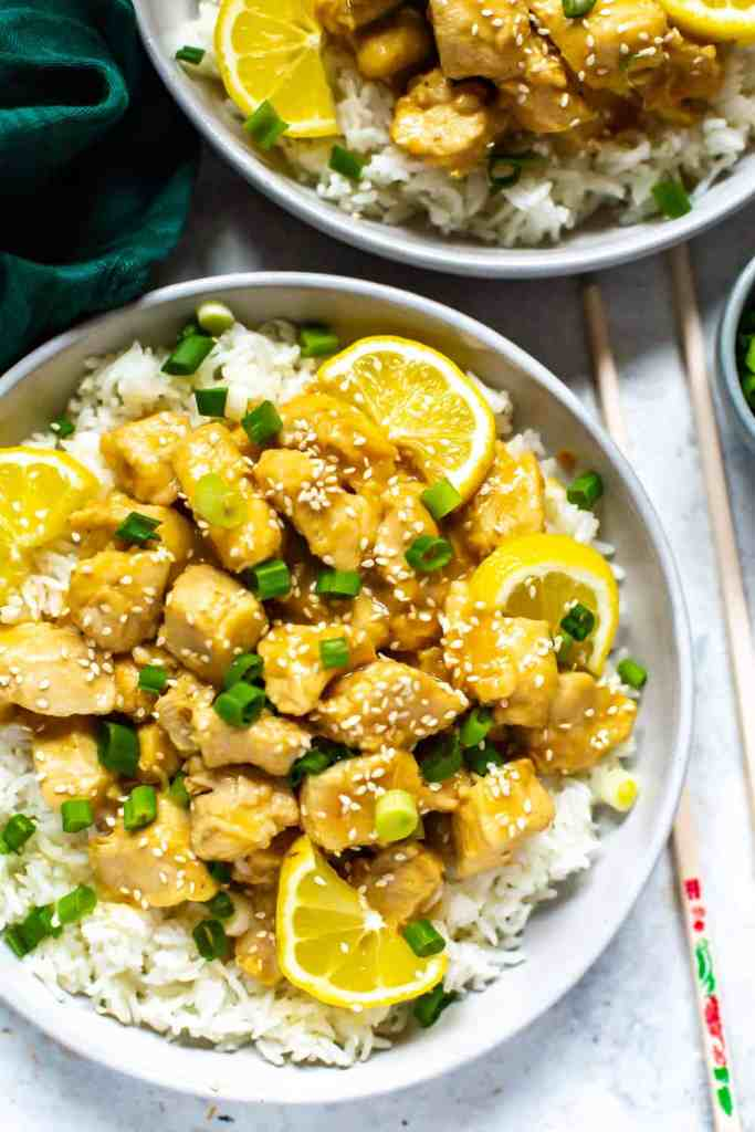 This Instant Pot Chinese Lemon Chicken is a delicious takeout recipe with a savoury lemon sauce that comes together with pantry staples!