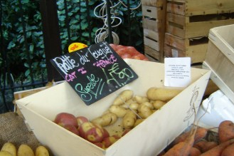 Ratte du Touquet - a small potato with a nutty flavour and a smooth buttery texture. A favourite of French Chefs.