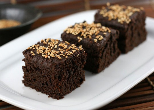 Sesame Pumpkin Chocolate Brownies