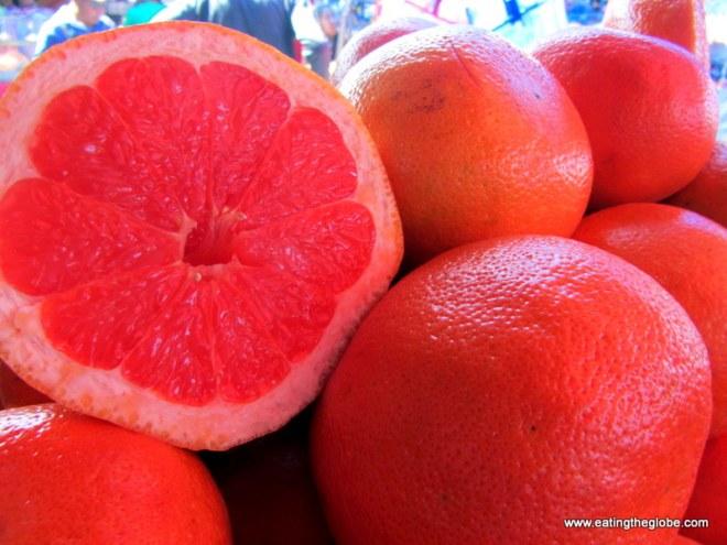 "grapefruit at Tuesday Market/""El Tianguis"""