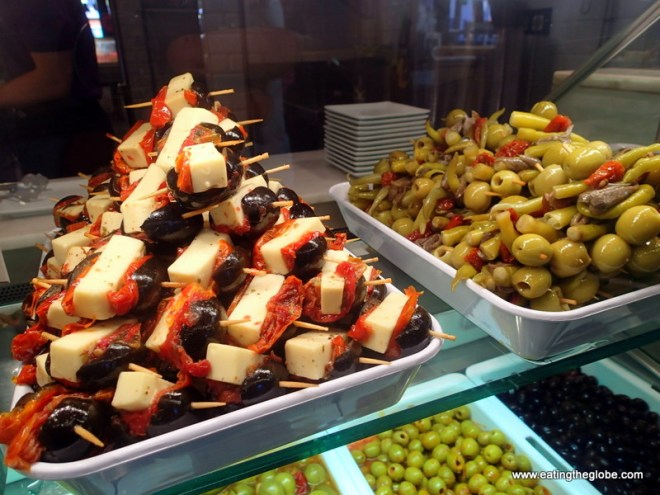The Best Food in Spain, Olives at Mercade de San Miguel