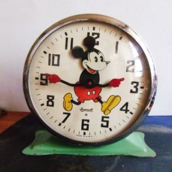 ClockMickeyMouseDisney