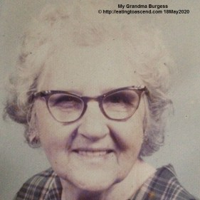 Grandma1971_TM811p