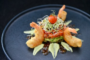 Triologie-Türmchen mit Shrimps im Tempuramantel