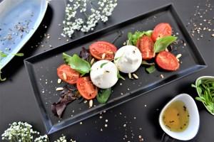 Gebackener Tomatensalat mit Burrata
