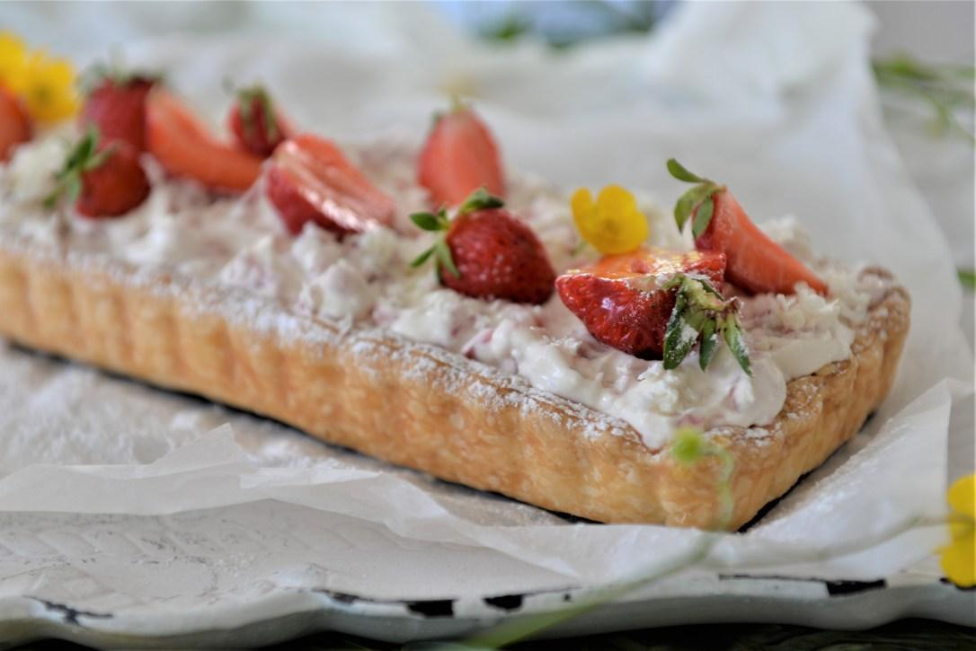 Dessert mit Erdbeeren, Erdbeerkuchen