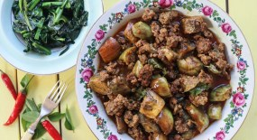 Minced Beef, Aubergine and Coconut Curry (GF, DF, Speedy)