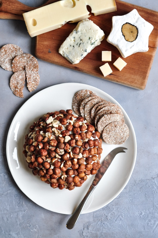 roquefort cheese ball with cheese platter