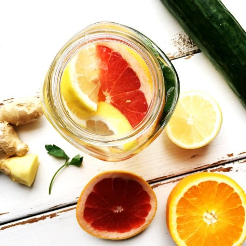 This refreshing fat burning detox water is perfect to drink if you're trying to lose weight, before you hit the beach, or to reduce bloating.