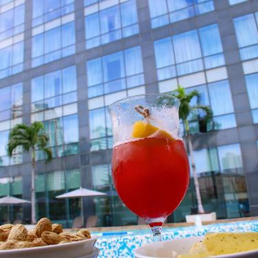 Singapore Sling at the Fairmont