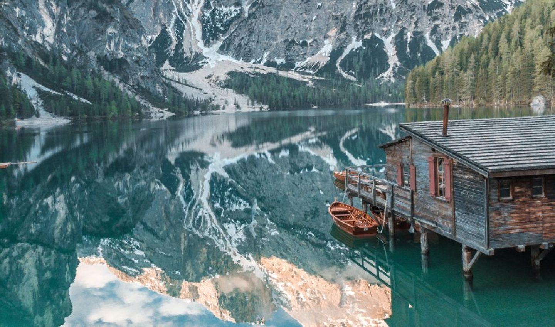 European bucket list destination in Italy, Lago di Braies.
