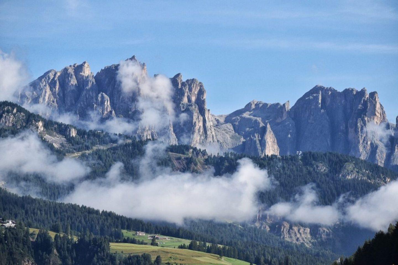 European bucket list destination, The Dolmites. Hiking through Italy!
