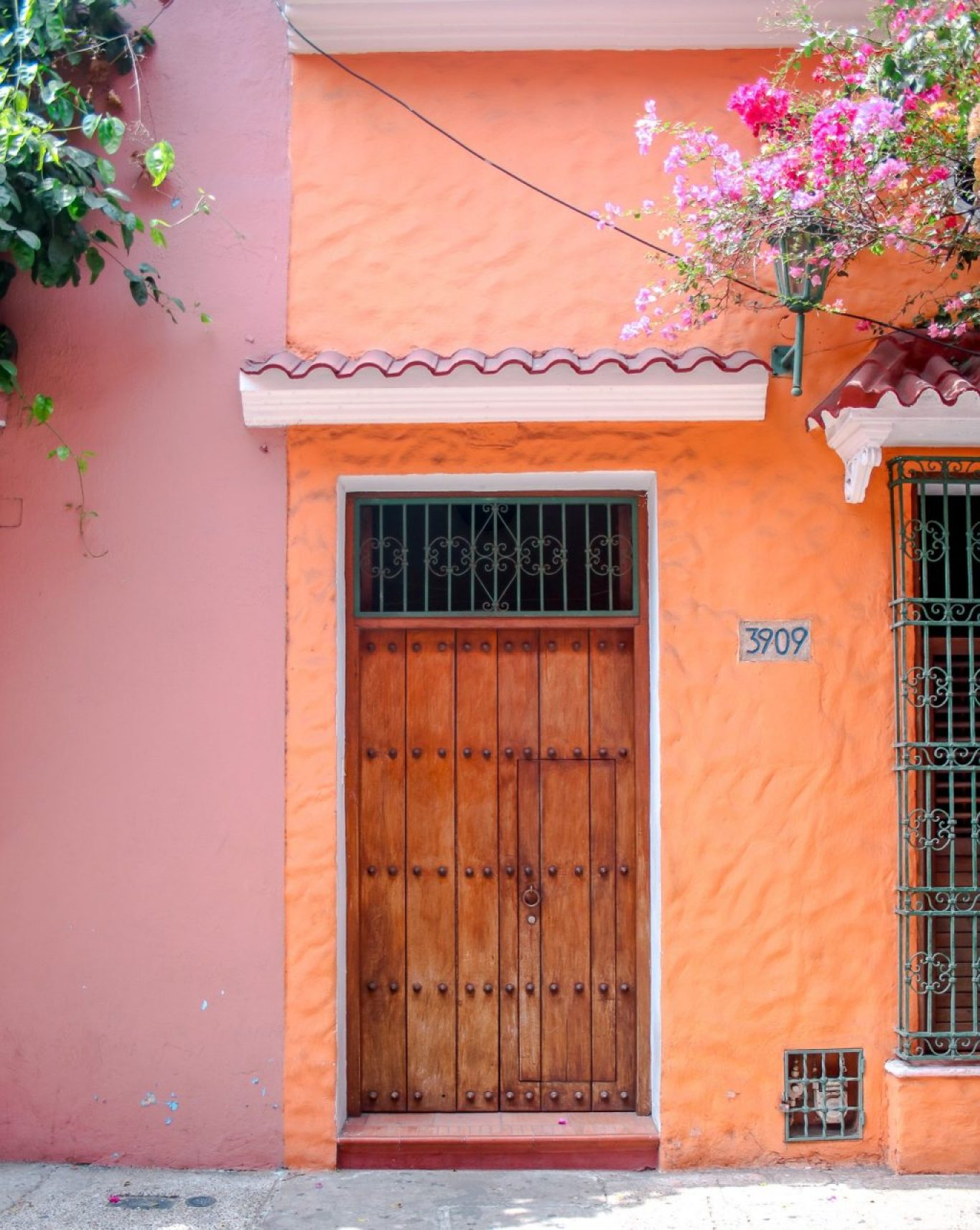 Photos To Inspire You To Visit Cartagena, Colombia! This colorful city is bursting with facades, rich history and Latin flare.