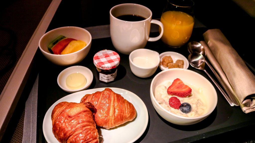 cathay-pacific-business-class