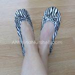 Kushyfoot-flats-to-go-zebra
