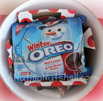 OREO-winter-kit-play-up-dessert