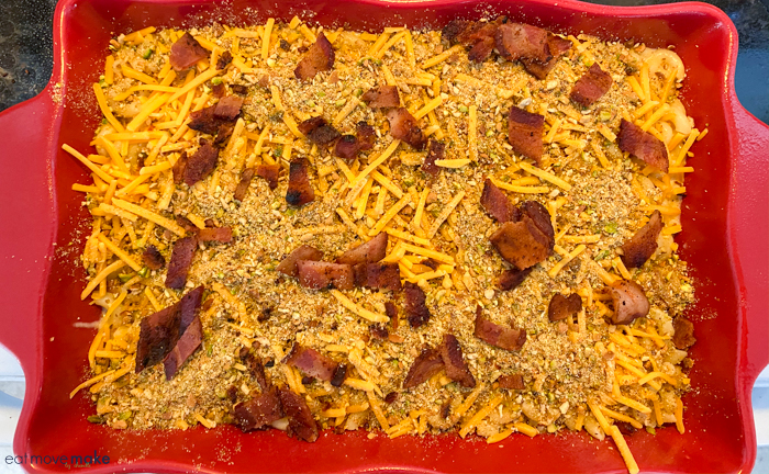 bacon on top of mac and cheese