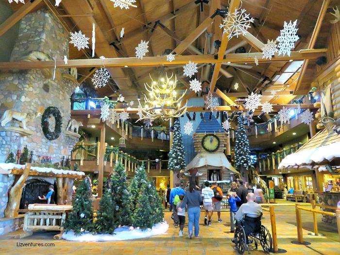Great Wolf Lodge - lobby Christmas decor - Concord NC