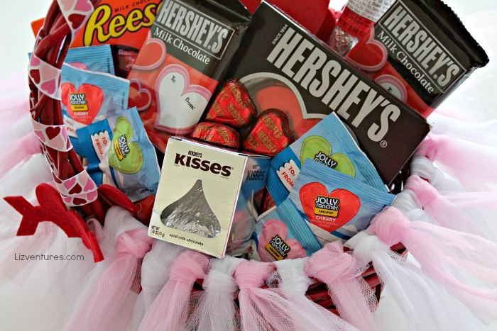 how to make DIY tutu Valentine's Day basket