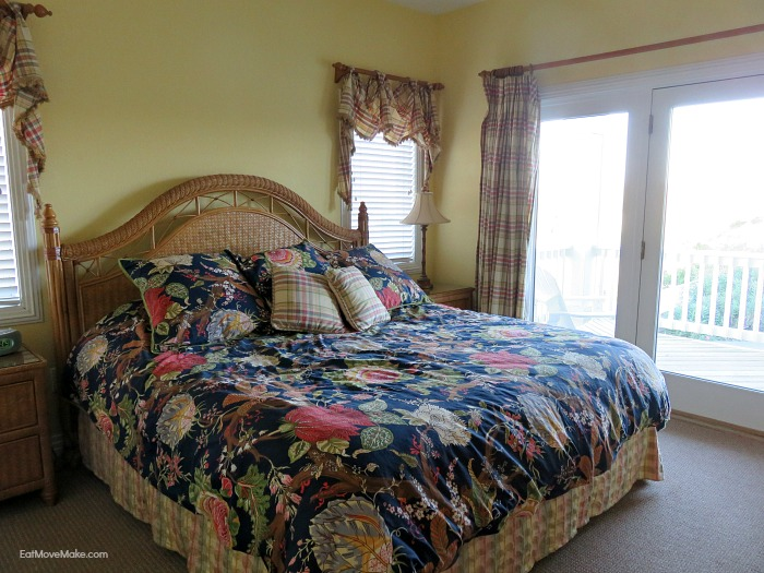Walkin' On Sunshine beach house bedroom - Outer Banks NC