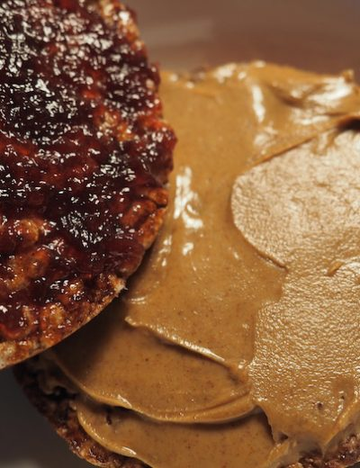 Rice cakes with jelly and almond butter