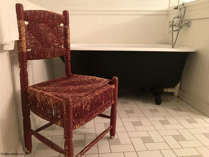 Thomas Mann Randolph suite bathroom - Clifton Inn