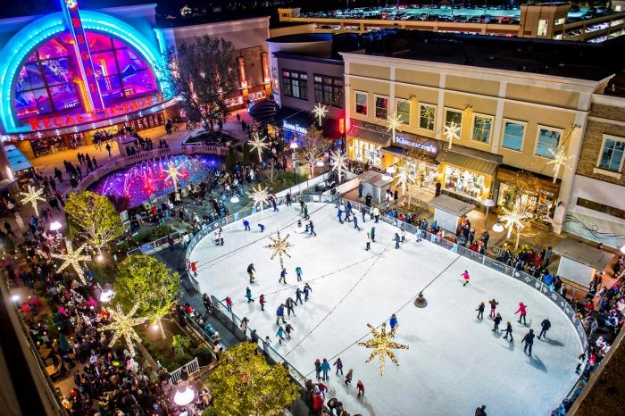 ice skating rink at Avalon Alpharetta
