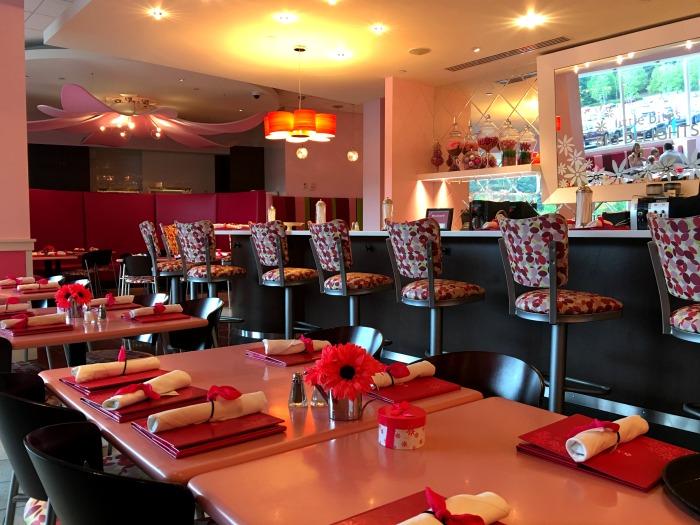 Alpharetta American Girl store cafe