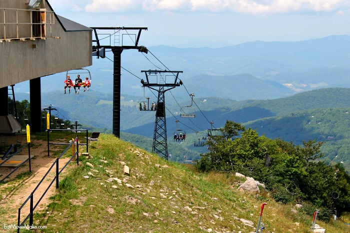 view-from-top-of-beech-mountain-nc