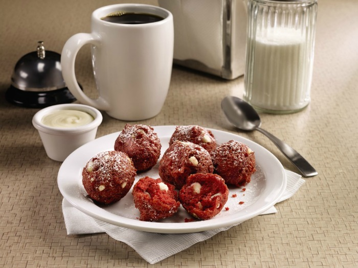 red-velvet-pancake-puppies-dennys