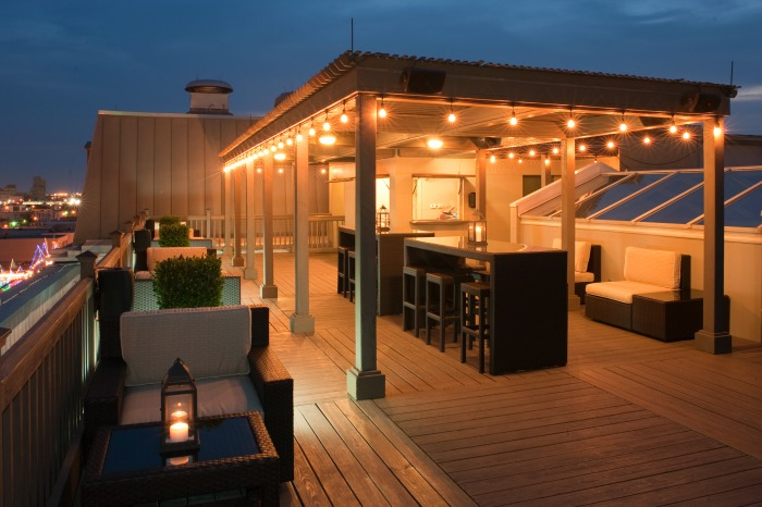 The Rooftop Bar - The Tremont House