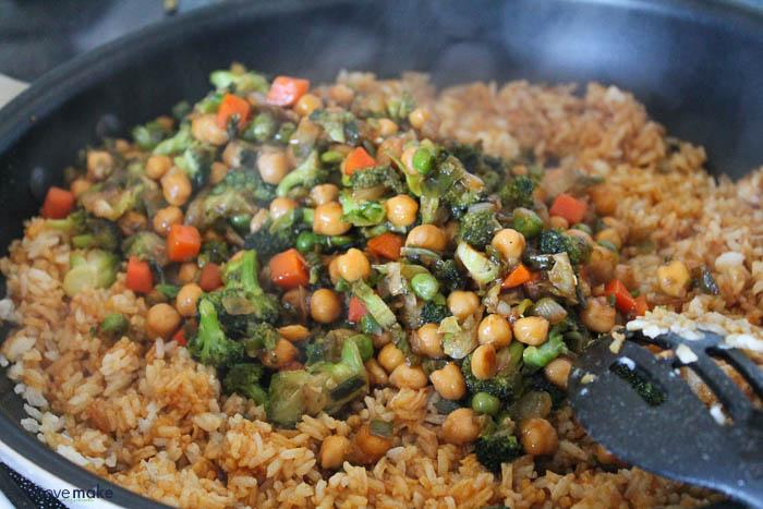 add veggies to rice