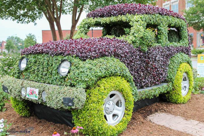 topiary jeep