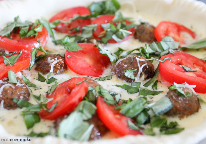 add filling, tomatoes, mozzarella cheese and fresh basil to quiche