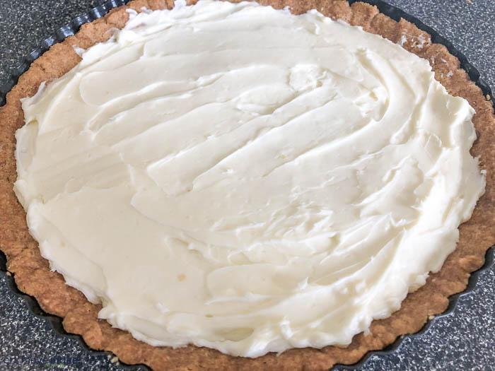 cream cheese filling in tart