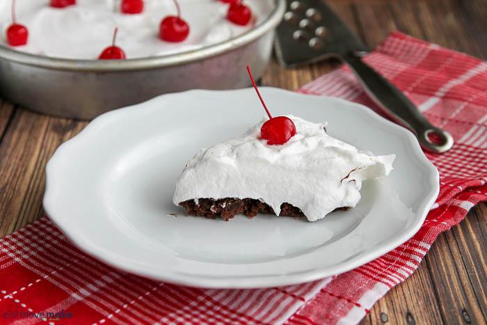 slice of hot fudge mud cake