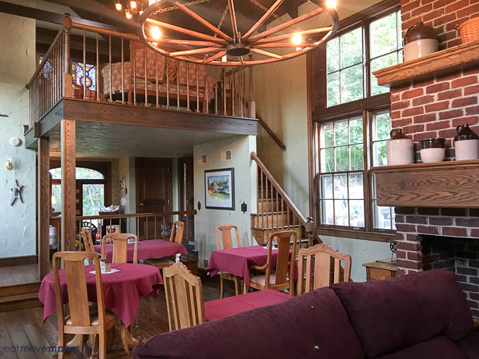 Baladerry Inn interior